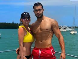 Britney spears and sam asghari attend sony pictures' once upon a time. Britney Spears Boyfriend Defends Her On Instagram Fangirlish