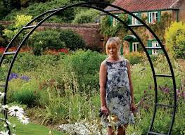 decorative metal arches for the garden