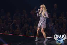 Carrie Underwood at the Tacoma Dome [PHOTOS] - 98.9 The Bull