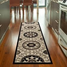 orian melrose fleece runner rug 1 11 x 7 5 com