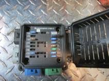 freightliner fuse box on heavytruckparts net valley truck grand rapids fuse box freightliner columbia 120