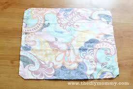 easy diy throw pillows sew throw pillows the easy way by the mommy easy diy throw