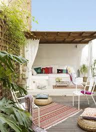 White Romantic Boho Balcony Ideas