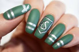 Harry Potter Nail Designs Slytherin Sweater Nails Uploaded By Chrissie On We Heart It