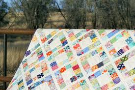 15 Free Quilt Patterns that Use Precuts! - Simple Simon and Company & Charm Pack Quilt Pattern Adamdwight.com