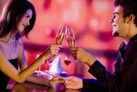 Αποτέλεσμα εικόνας για Οι 8 ερωτήσεις που πρέπει να κάνεις στο πρώτο ραντεβού σύμφωνα με σύμβουλο γάμου