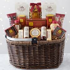 picnic basket includes sausage cheese mustard ers nuts chocolates and hickory farms