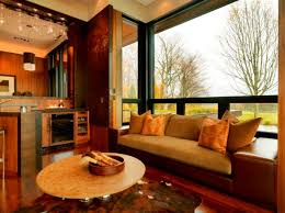 large windows and how to decorate