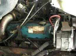 1995 International t444e engine running - YouTube