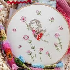 Набор для вышивания Tamar Nahir-Yanai T-005 Girl in a red dress ...