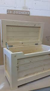 juguete de madera hecho a mano caja pino macizo por lbwoodcraft for wooden toy boxes ideas 17