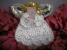 <b>CHRISTMAS SNOWMAN SEQUIN</b> BEADED APPLIQUE 0800-J