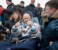 astronaut scott kelly safely back on earth after one year astronaut scott kelly