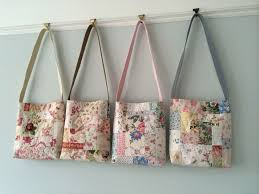 Best 25+ Handmade fabric bags ideas on Pinterest | Fabric tote ... & HenHouse - cute little quilted bags Adamdwight.com