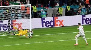 Italy hold ...