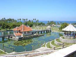 is right away  to a greater extent than good known amongst the cite of the Park is located inwards the hamlet of  BaliBeach; Sukasada Park (Taman Ujung) which are H5N1 masterpiece of Karangasem King Anak Agung Anglurah Ketut Karangasem Bali Architecture, together amongst the Netherlands, together with China