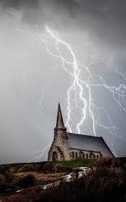 Church Storm Lightning 4K Ultra HD ...
