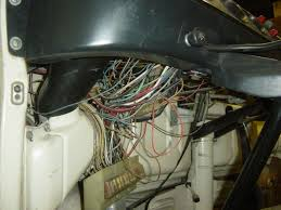 1970 vw bus fuse box illustration of wiring diagram \u2022 Volkswagen Beetle Fuses thesamba com bay window bus view topic pictures wanted of a rh thesamba com 1970 vw bus fuse box mounting bracket 1970 vw bus fuse box for sale