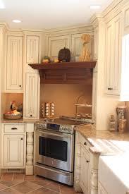Corner Cooktop Designs Custom Wood Hood In Corner In 2020 Wood Hood Vent Kitchen