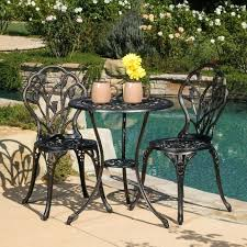 how to clean outdoor furniture how to clean patio cushions cafe