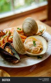 ✅ Italian Seafood Pasta Pescatore With ...
