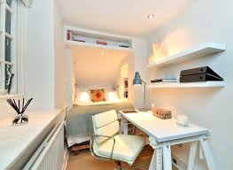 Hgtv Decorating Small Bedrooms Bedroom Design Small Fur Ideas That Are Big  In Style Com Bed Hgtv Decorating Small Spaces