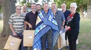 Quilts of Valour – Quilts of Valour Australia & Newsletter August 2017 Adamdwight.com