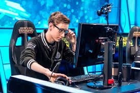 bjergsen tsm s greatest strength but also their greatest alt