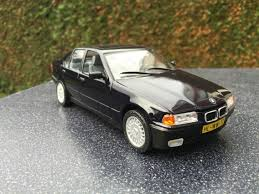 BMW 5 Series 98 bmw 325i : BMW 325i from Revell. Scale 1/24 | Model car kits - Scale models ...