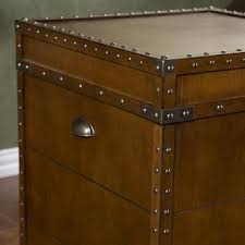Nice Ergode Steamer Trunk End Table