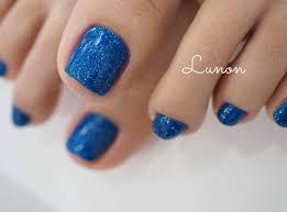 鮮やかブルーのフットネイル 茨城県石岡市 大人のためのネイルサロン