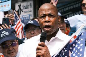 New york — eric adams continues to dominate the field of democratic hopefuls as new yorkers head to the polls for early voting ahead of the june 22 primary to replace outgoing mayor bill de blasio,. Jir Tu1apyeoqm