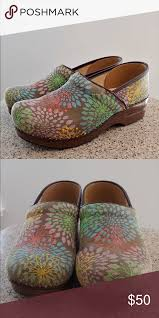 Dansko Clogs Size Chart Dansko Clogs Gently Used Clogs In Great Condition Size 40
