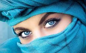 Beautiful blue eyes ...