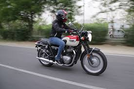 triumph bonneville t100 review you can pick this over the t120