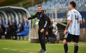 مدرب الأرجنتين سكالوني: نستحق التأهل للنهائي ويجب رفع القبعة لميسي