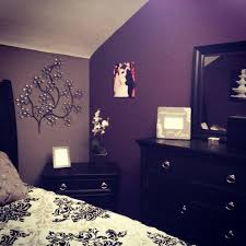 Purple Wall Design For All My Purple And Grey Bedroom Purple Bedroom Design Purple