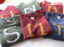 Weasley sweater | *~HP Wannabe Wizard Wear~* | Pinterest | Harry ...