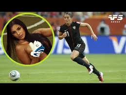 Top 10 Most Beautiful Female <b>Footballers</b> - VERY <b>HOT</b> - YouTube