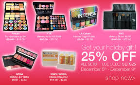 hmmm anybody want to get me that nyx makeup artist kit for please feel free