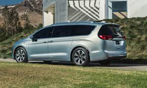 2018 chrysler town and country van. unique 2018 2017 chrysler town and country rear inside 2018 chrysler town country van b