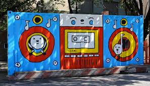 eye catching shipping container street art projects