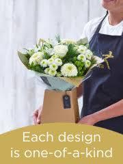 Flowers <b>Bouquets</b> - Flower Arrangements Delivered | Interflora