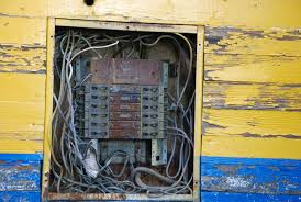 old style fuse boxes help automotive block diagram \u2022 Old Electrical Fuse Panels why are certain electrical panels ineligible for insurance rh harrylevineinsurance com home electrical fuse box home