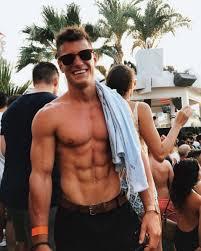 irish fitness model rob lipsett