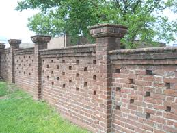 how much does it cost to build a block wall brick fence per square foot installed