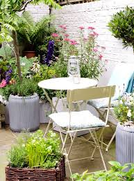cool cosy outdoor space