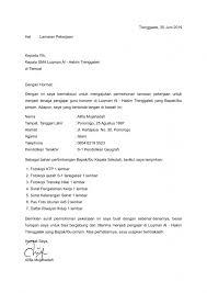 Menjadi guru dengan pijakan awal bisa saja dengan itulah merupakan beberapa contoh surat lamaran kerja guru dari mulai lamaran cpns, honorer jika kamu pernah mencoba untuk mengajukan permohonan pada instansi pemerintahan tentu akan. 16 Contoh Surat Lamaran Kerja Guru Sd Smp Sma Dll Contoh Surat