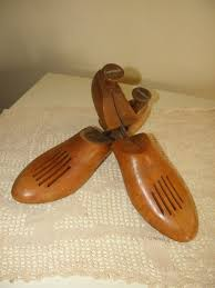 Florsheim Shoe Tree Size Chart Antique Solid Wood Shoe Trees Florsheim Shoe Co Made In Usa Mens Sz 8