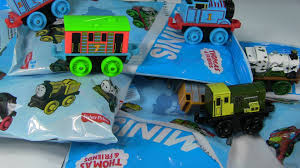 thomas and friends train minis blind bags round 2 opening surprise toys